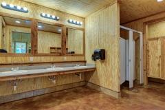 Magnolia Cabin Bathroom
